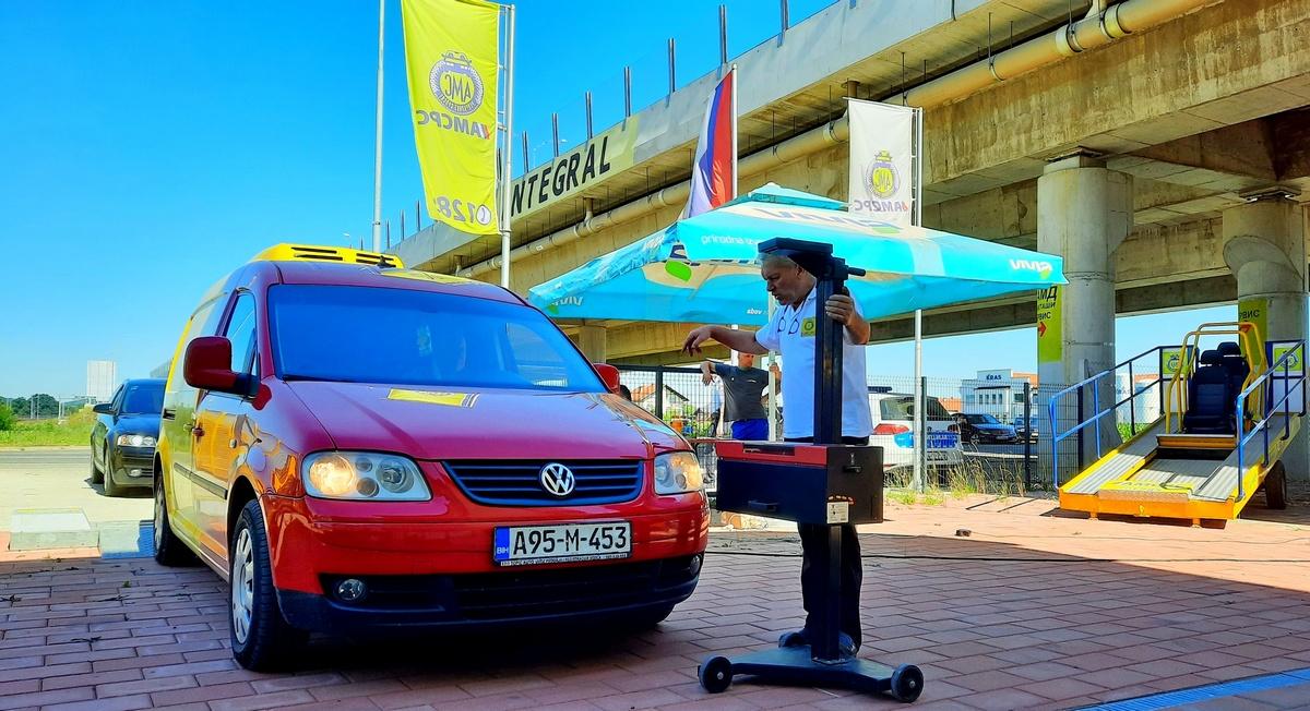Амортизери и свјетлосна сигнализација најчешће неправилности на прегледаним возилима