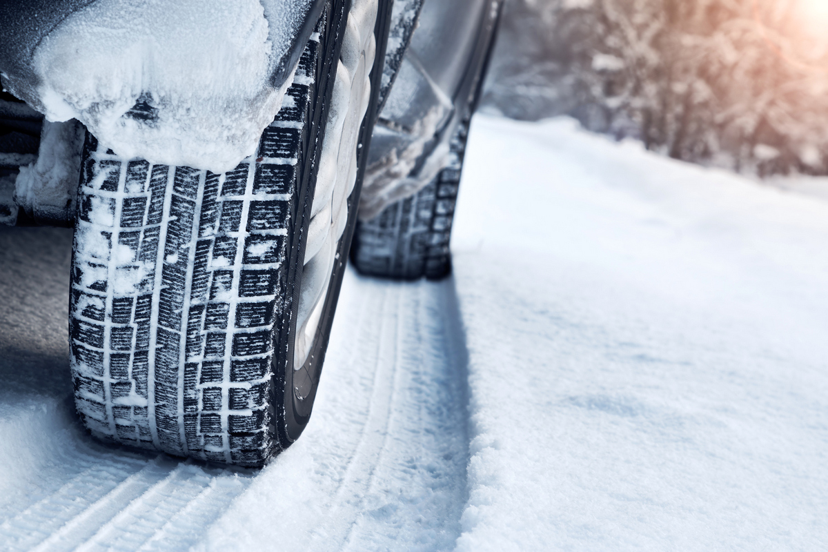Зимска опрема за возила регистрована у Српској и БиХ обавезна од 1. новембра до 1. априла