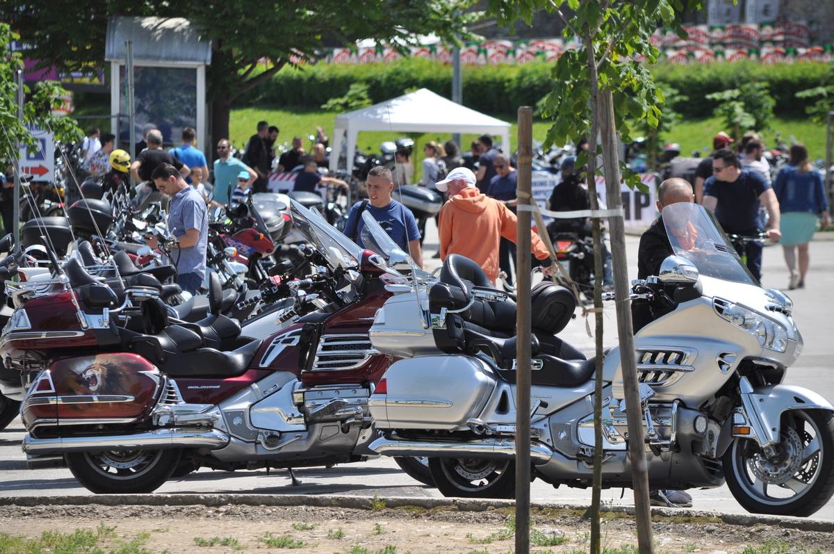 Svečani defile motociklista i druženje sa Banjolučanima u srijedu u 19 časova na Trgu Krajine